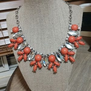 Coral NWOT Statement Necklace perfect